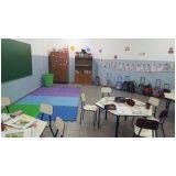colégio com jardim de infância